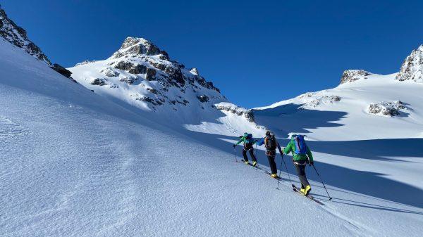 Skitour Arlberg mit Perl Mike im Hubschrauber